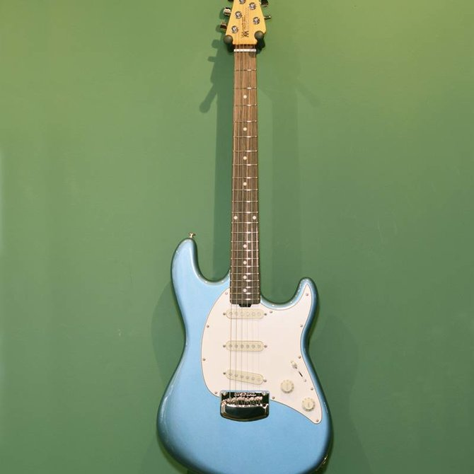Music Man Music Man Cutlass SSS r/n vintage turquoise
