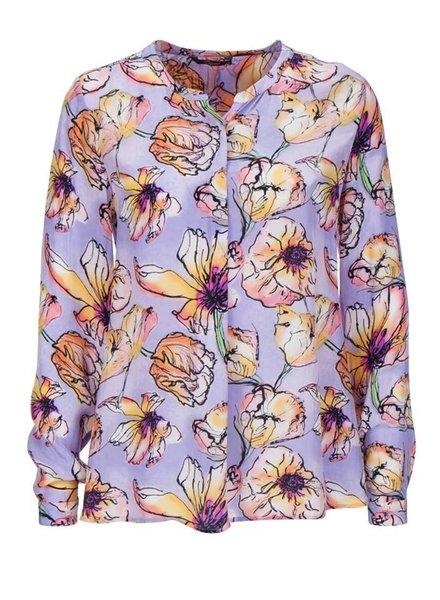 Princess goes Hollywood Basic blouse tulpin print