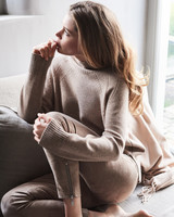REPEAT cashmere Cashmere/wol sweater sand