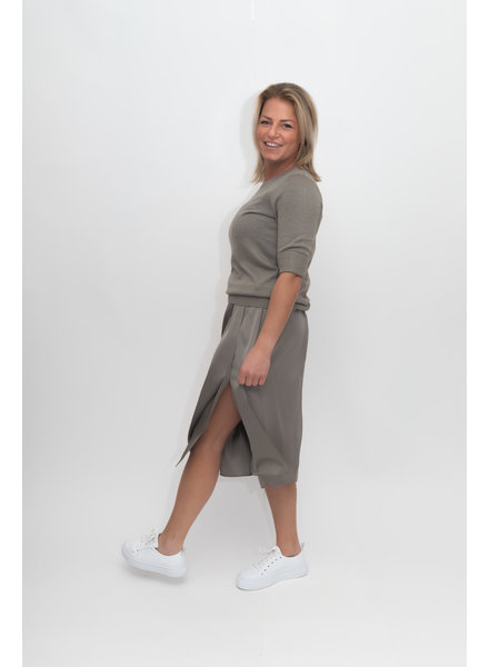 REPEAT cashmere Silk skirt khaki