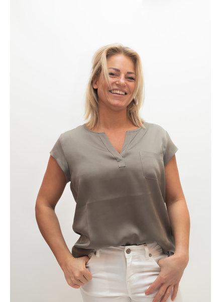 REPEAT cashmere Silk top khaki