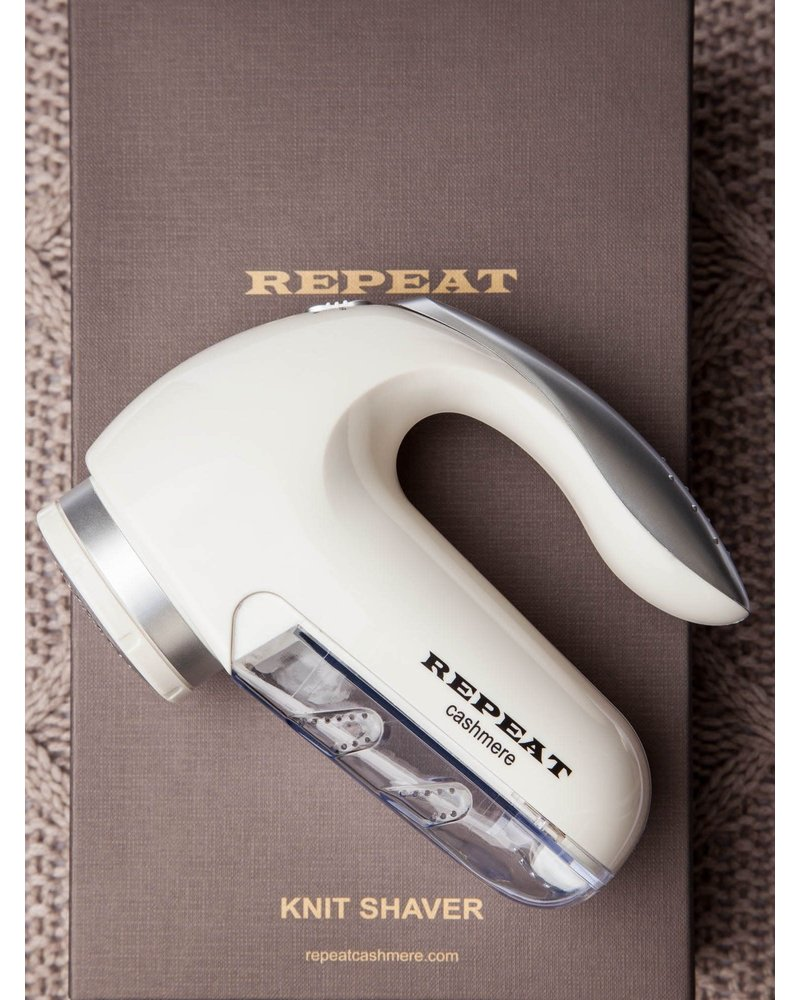 REPEAT cashmere REPEAT wool shaver