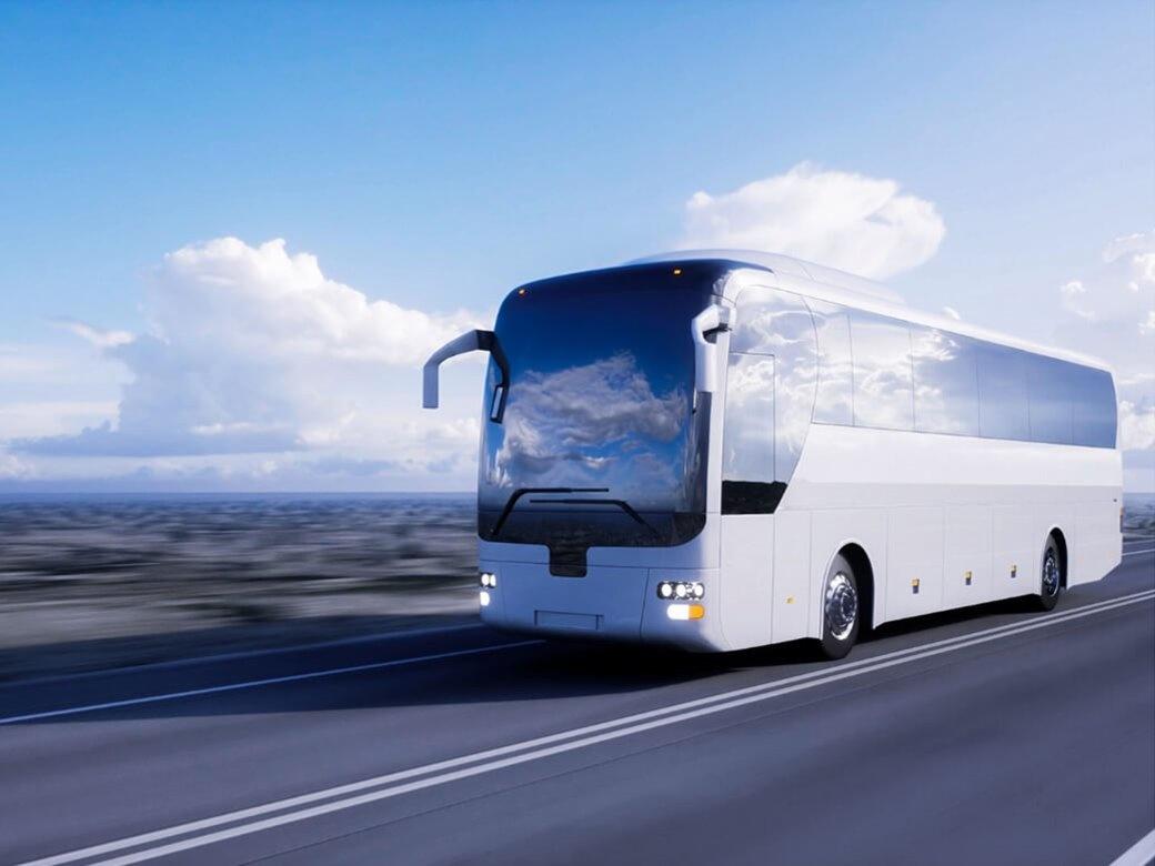 Kitten en lijmen voor touringcars en bussen