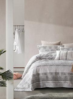 Dreamhouse Bedding Bedsprei - Elegant Stripe - Grijs