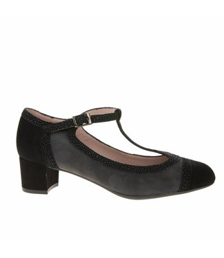 Square Feet Square Feet ladies with gray suede shoe with flexible soles