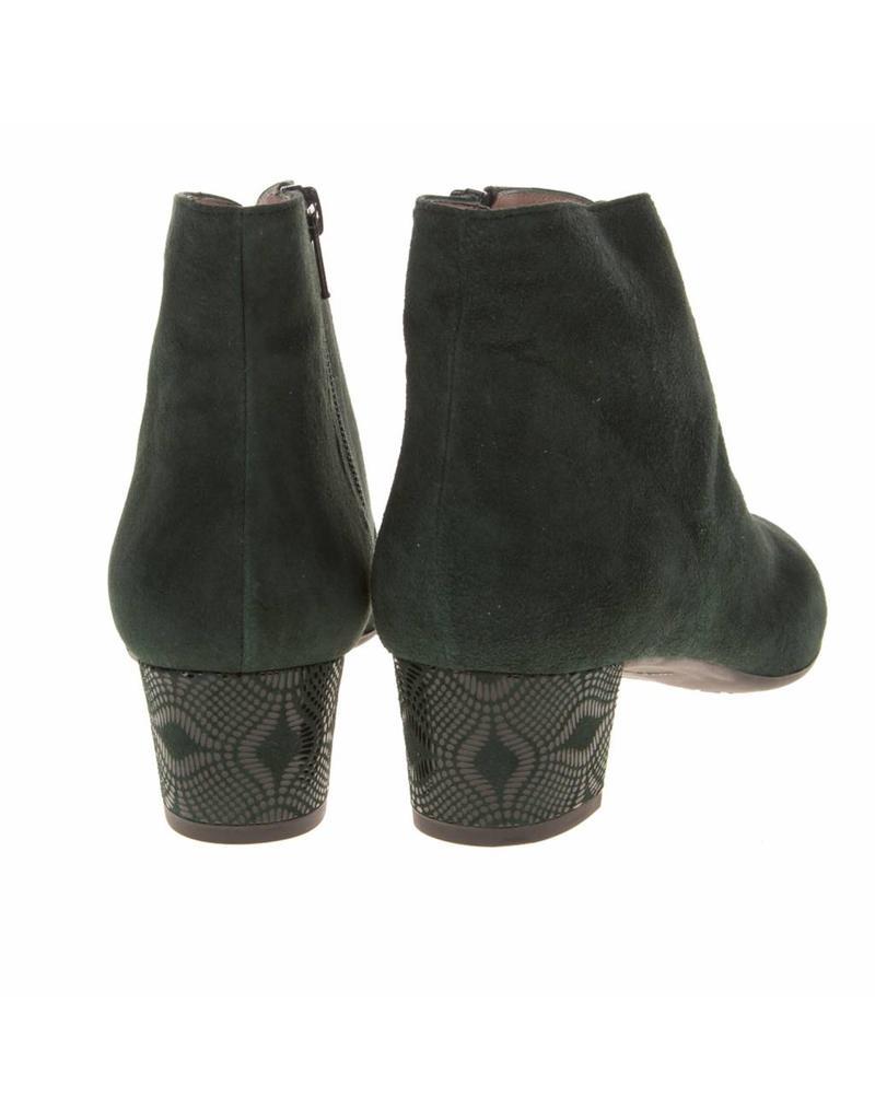 Square Feet D2541 Groen