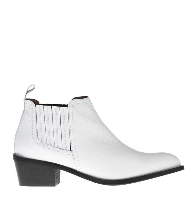 Pedro Miralles Pedro Miralles white leather ankle boot