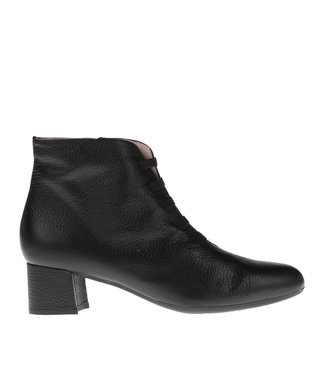 Square Feet Square Feet short zip boot black bands