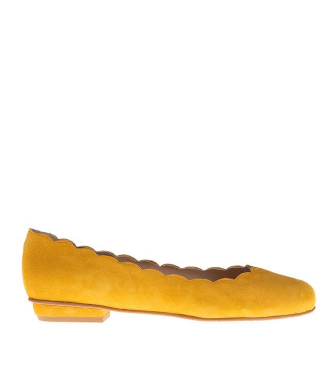 Square Feet Square Feet yellow suede ballerina