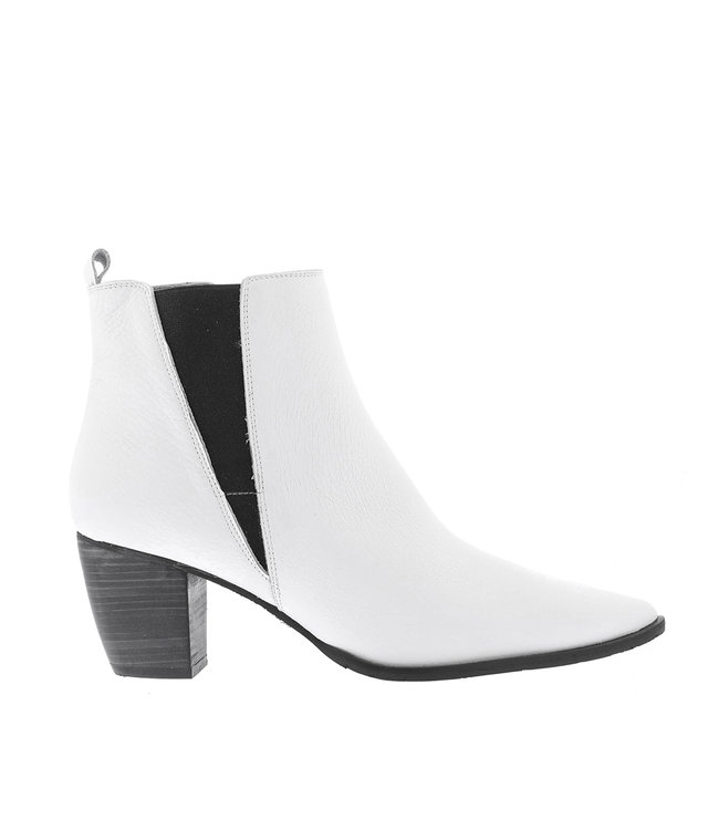 Square Feet Square Feet ladies ankle boots white leather