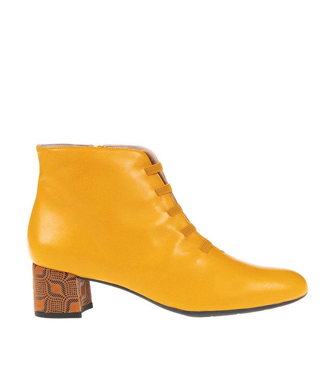 Square Feet Square Feet  korte ritslaars elastiekjes geel