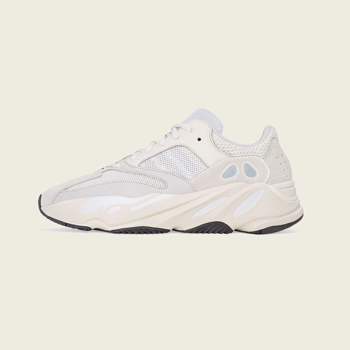 bas prix 35d71 12ea5 NEWS - ADIDAS YEEZY BOOST 700 'ANALOG' BY KANYE WEST - WOEI