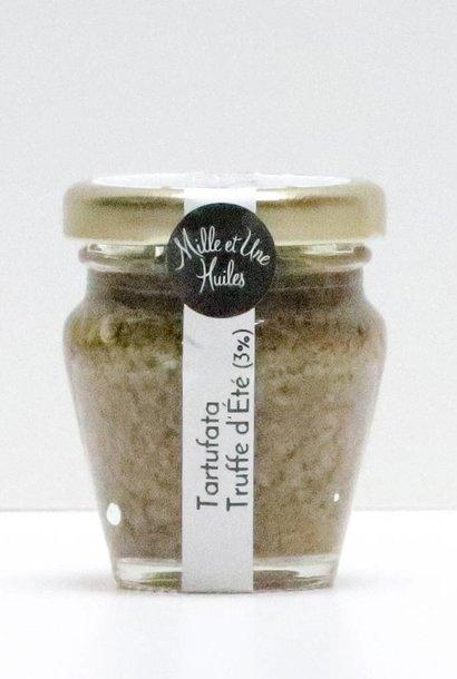 Tartufata : spécialité de champignon, truffe et olive noire (tuber aestivum)