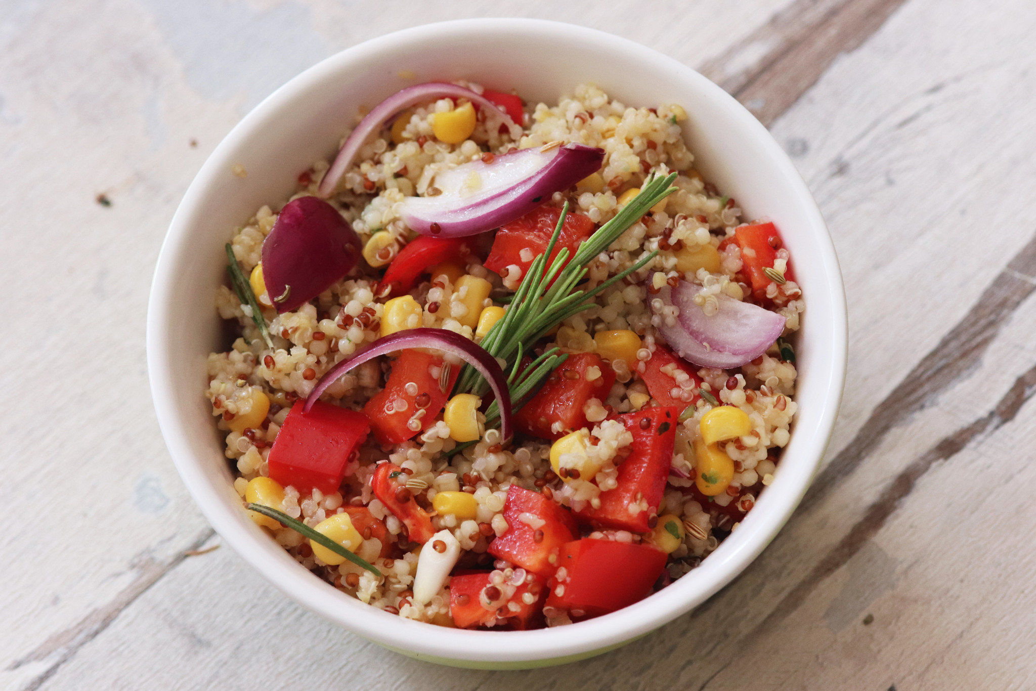 Quinoa with red peppers-1