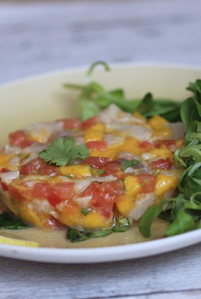 Sea bream tartare with vanilla mango