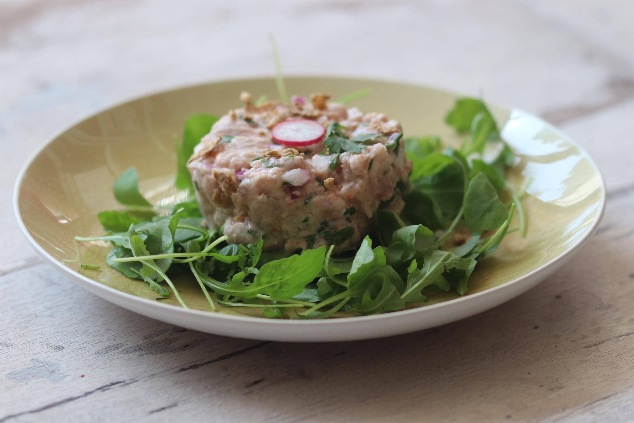 Tartare de thon à la crème de tamara-1