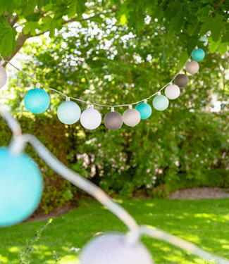 COTTON BALL LIGHTS Outdoor String Light - Turquesa