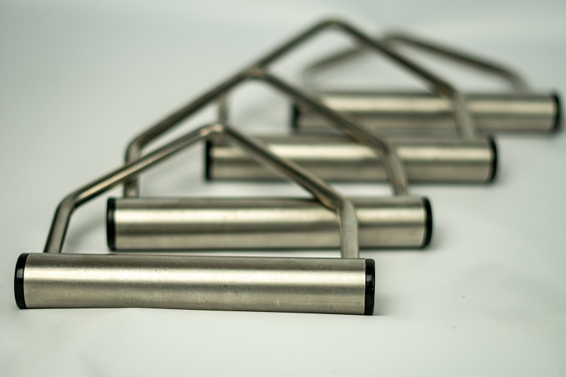 Set of 4 stainless steel Triangles