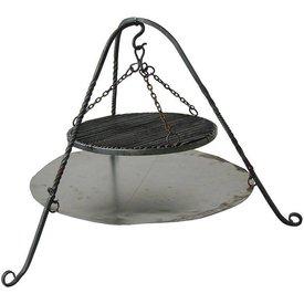 Stativ mit Feuerplatte und Grill
