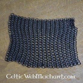 Quadratisches Stück Kettenhemd, gebräunte, 8 mm