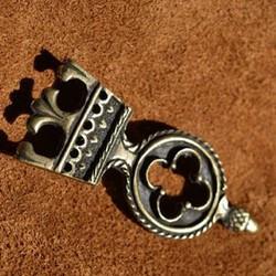 Mittelalterliche Gürtelendbeschläge