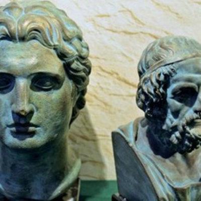 Griechische Büsten