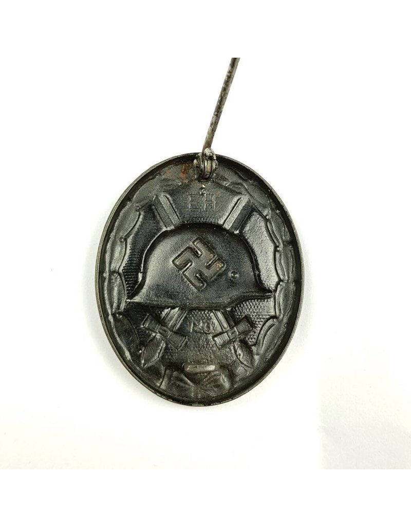 Wounded Badge in Black