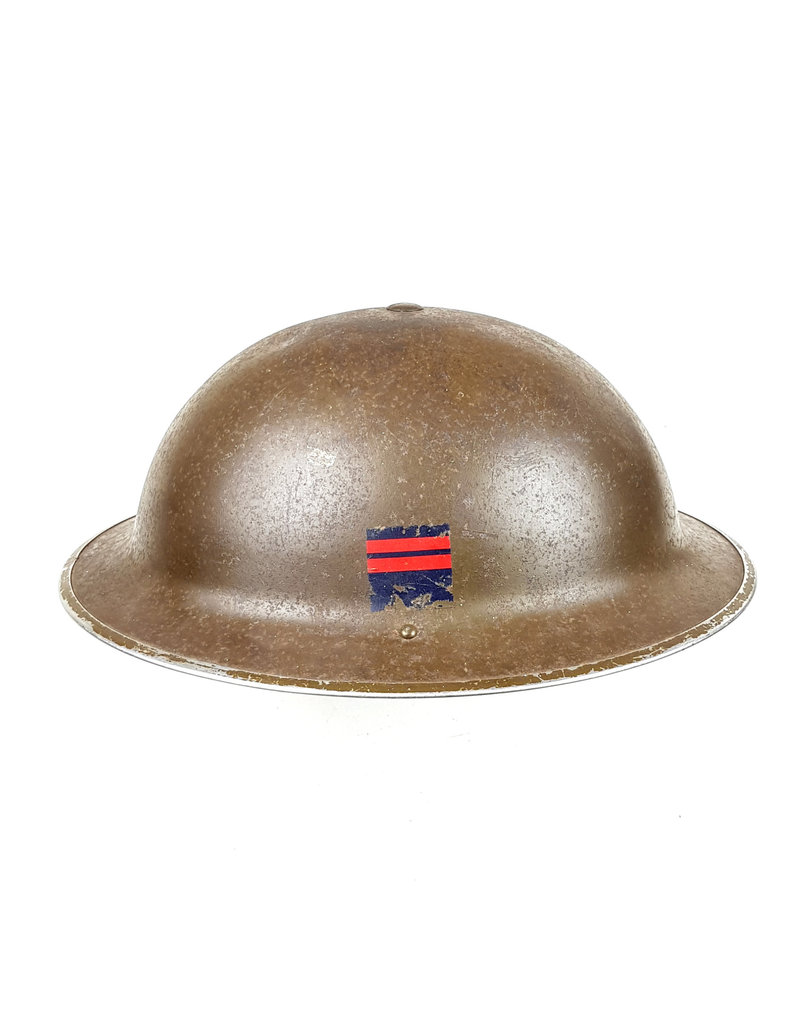 Canadese helm van de Royal Canadian Ordnance Corps (1942)