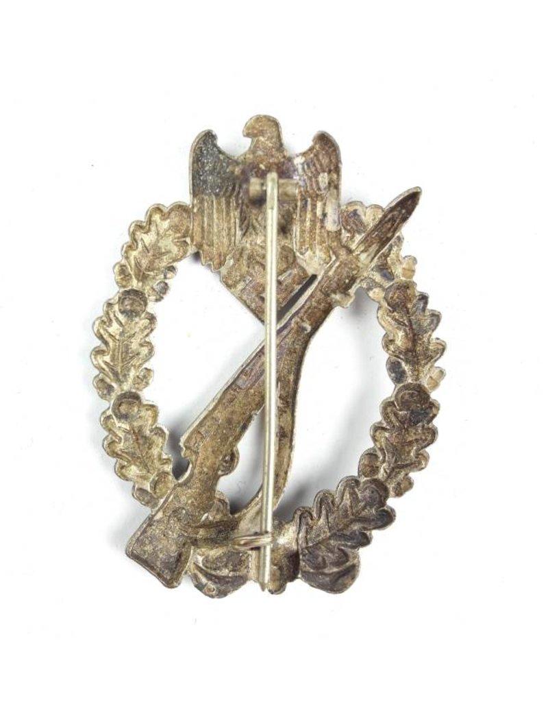 Infanterie Sturmabzeichen in silver