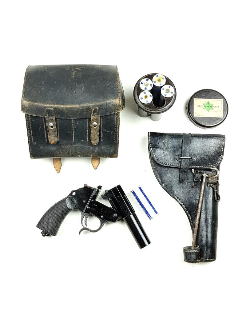 WehrmachtFlare Pistol Holster