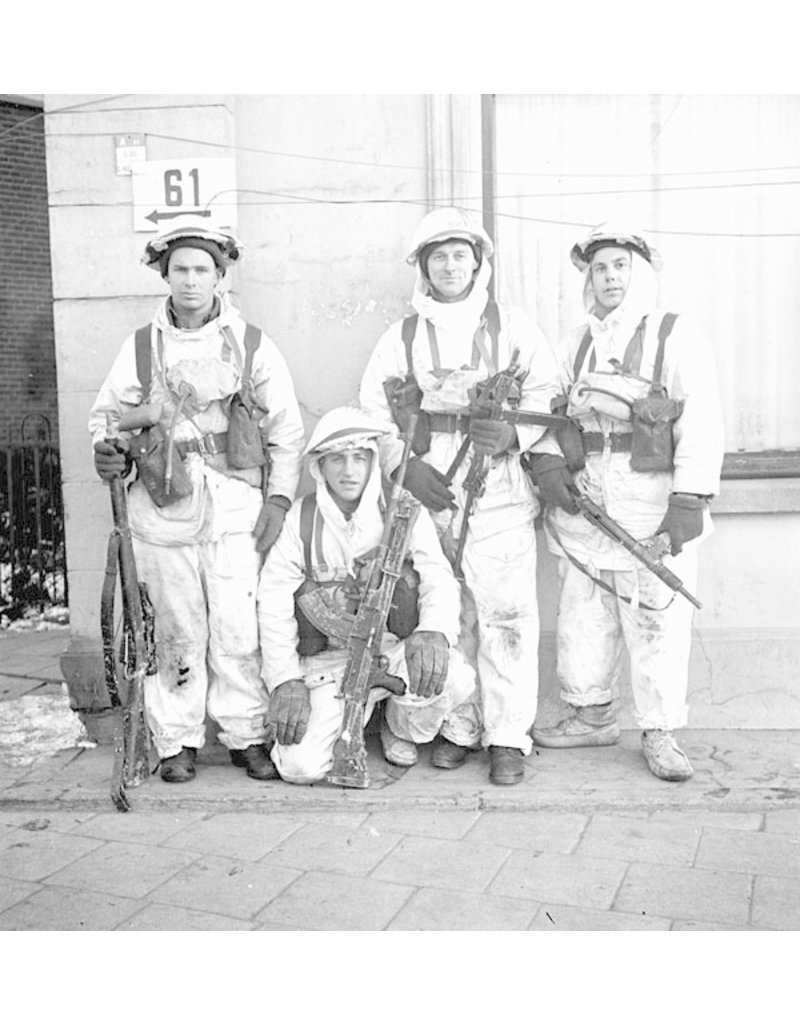 Canadian L&W Beret 1945