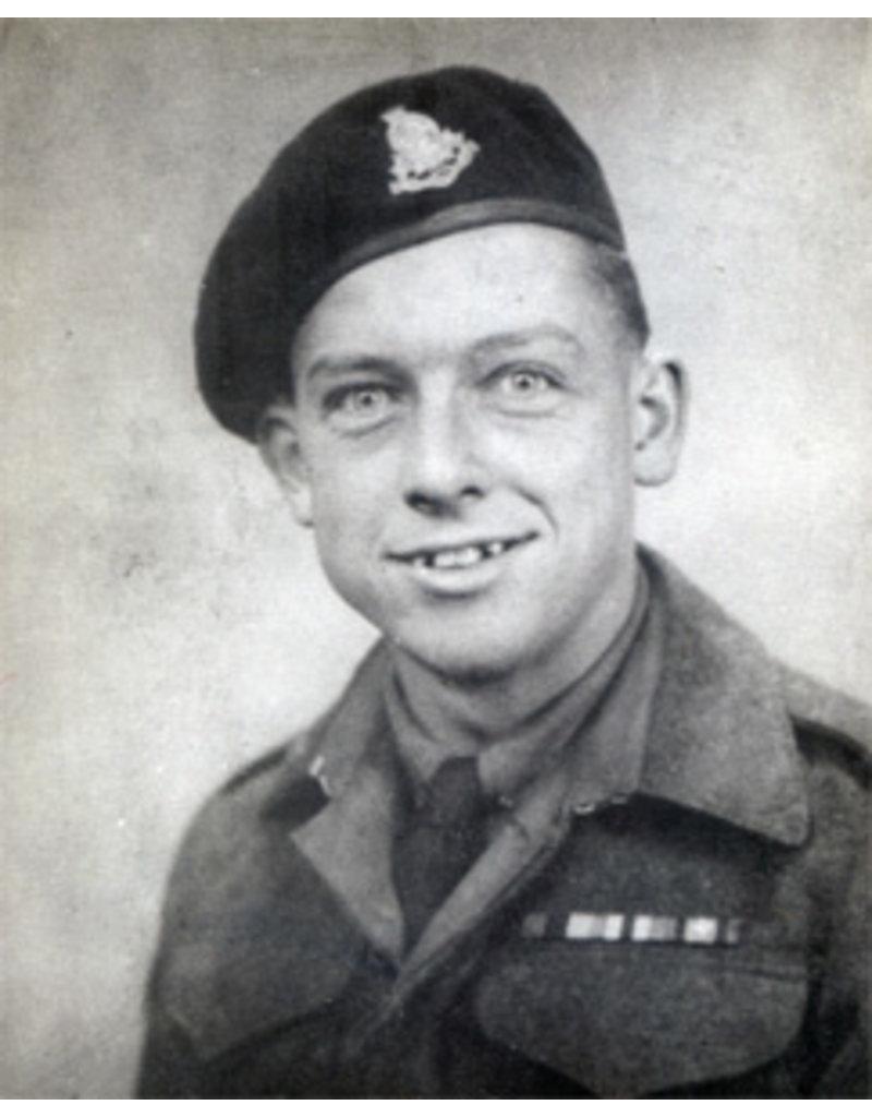 Royal Armoured Corps Baret 1945