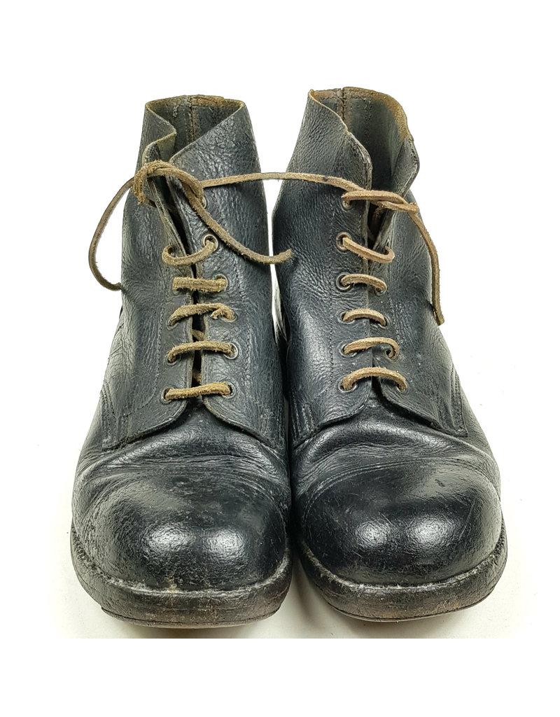 British Ammo-Boots 1940