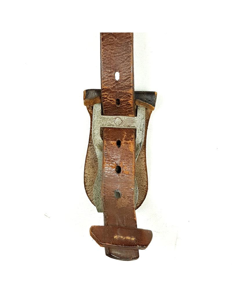 German Lightweight Y-straps