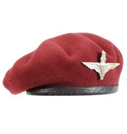 Airborne Baret 1942