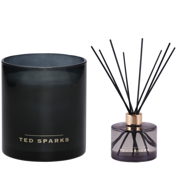 White Tea and Chamomile Diffuser & Geurkaars Combi Pack