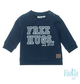 Feetje trui free hugs