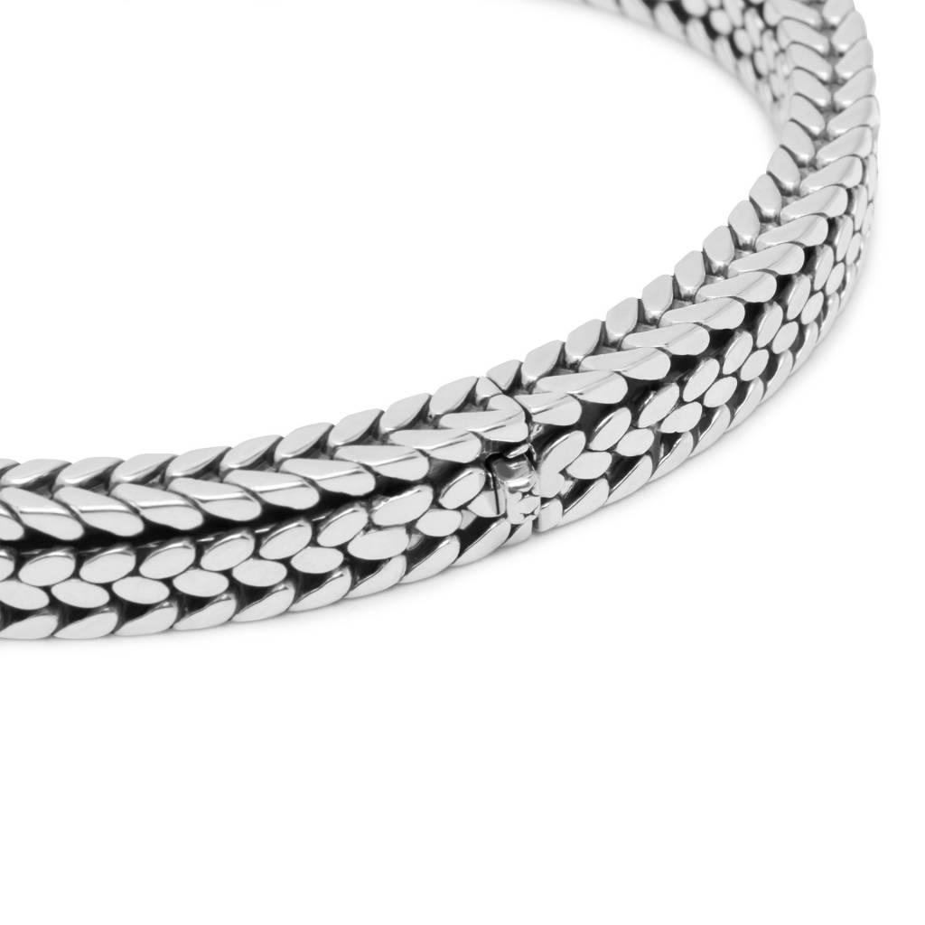 Julius Cuff Bracelet-4