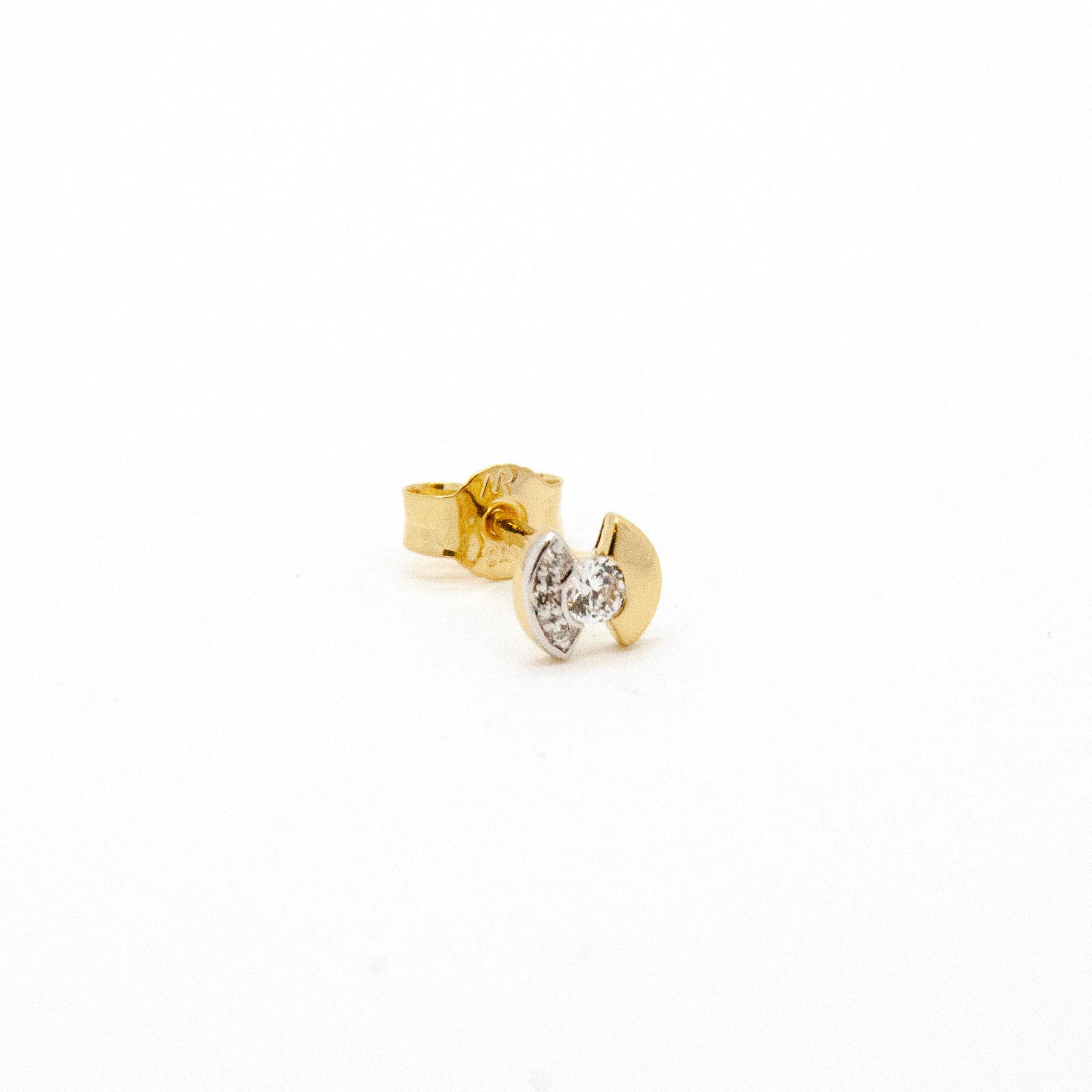 Gd. Earrings zircon.-1