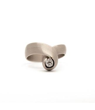 Vincent van Hees 14Krt Wit gouden ring maat 56