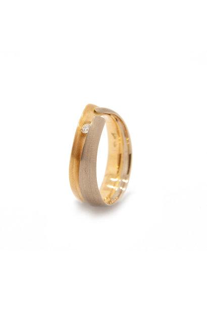 14k yellow / white gold ring size 56