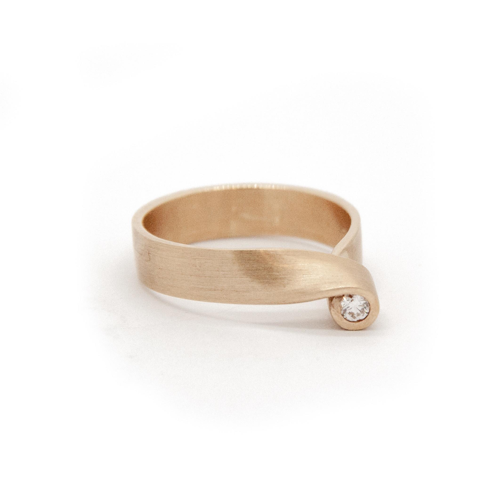14Krt Geel gouden ring maat 56-1