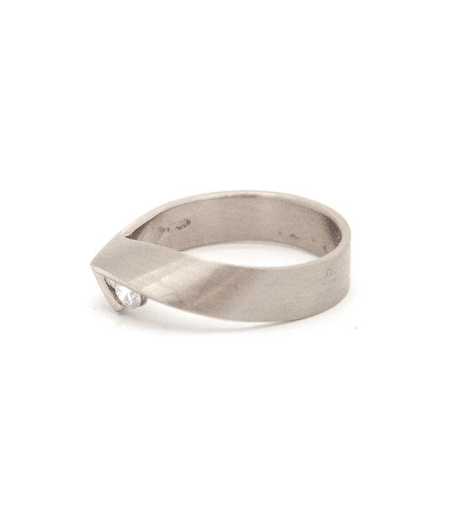 14Krt Wit gouden ring maat 55
