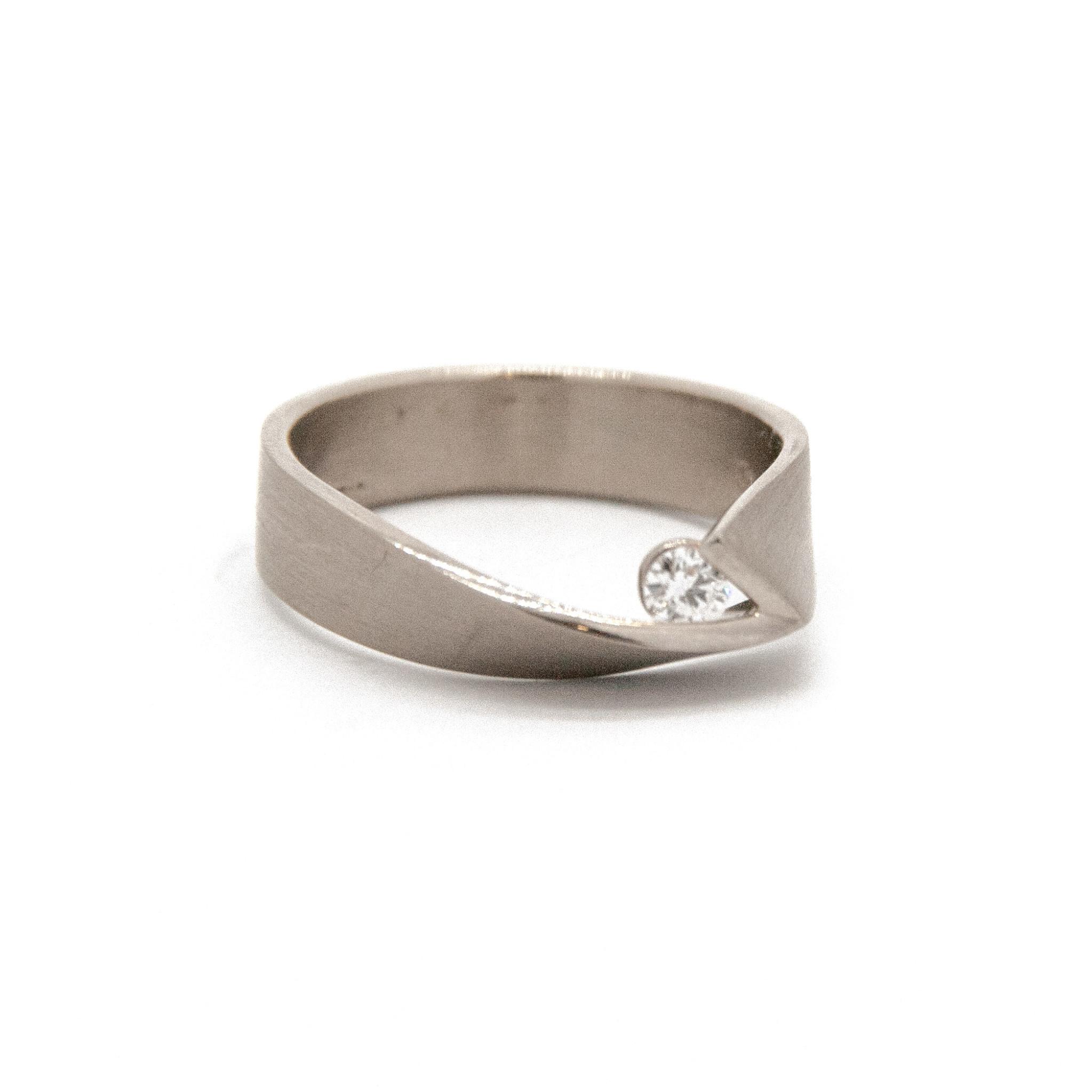 14Krt Wit gouden ring maat 55-2