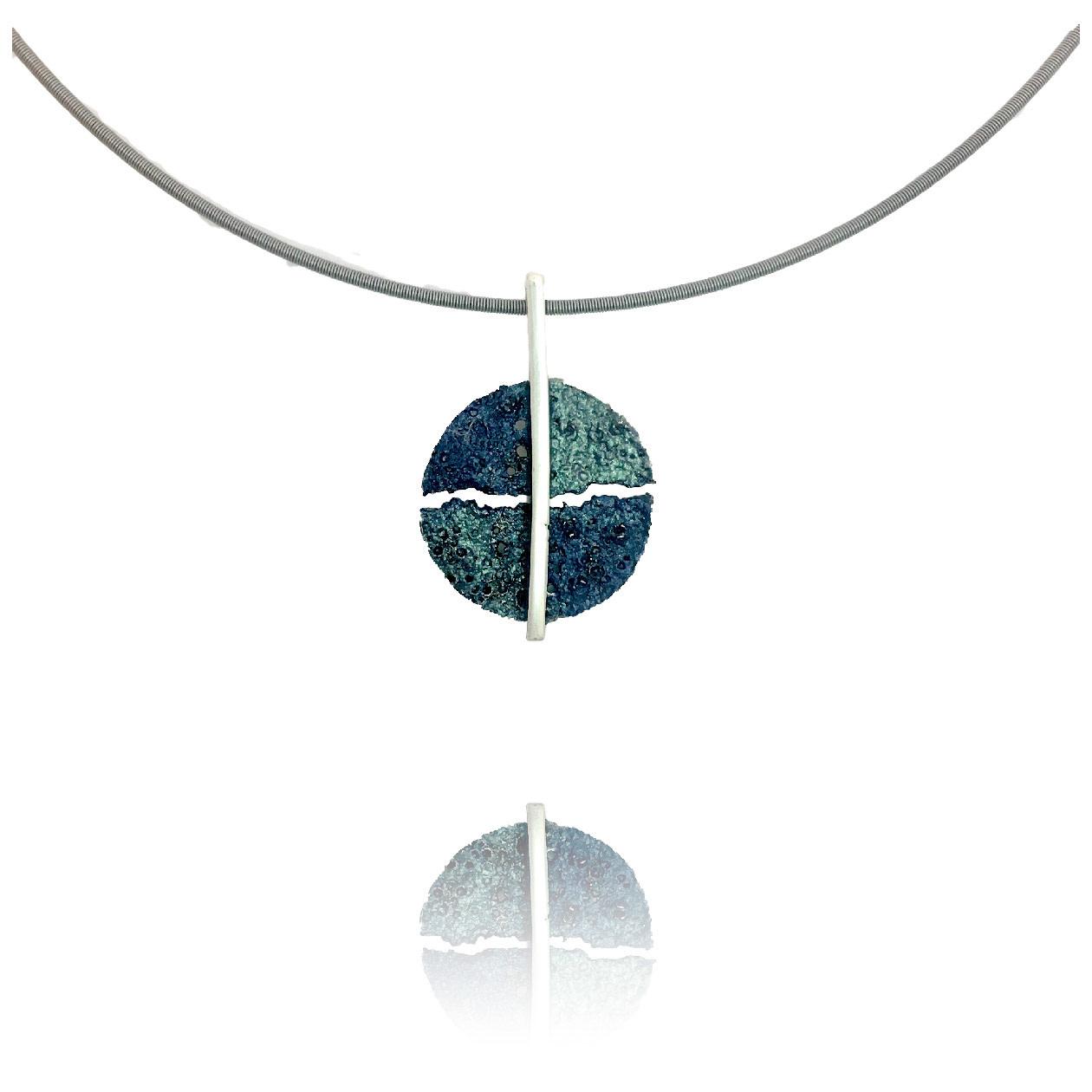 Moon Hanger Blau Taxà-1