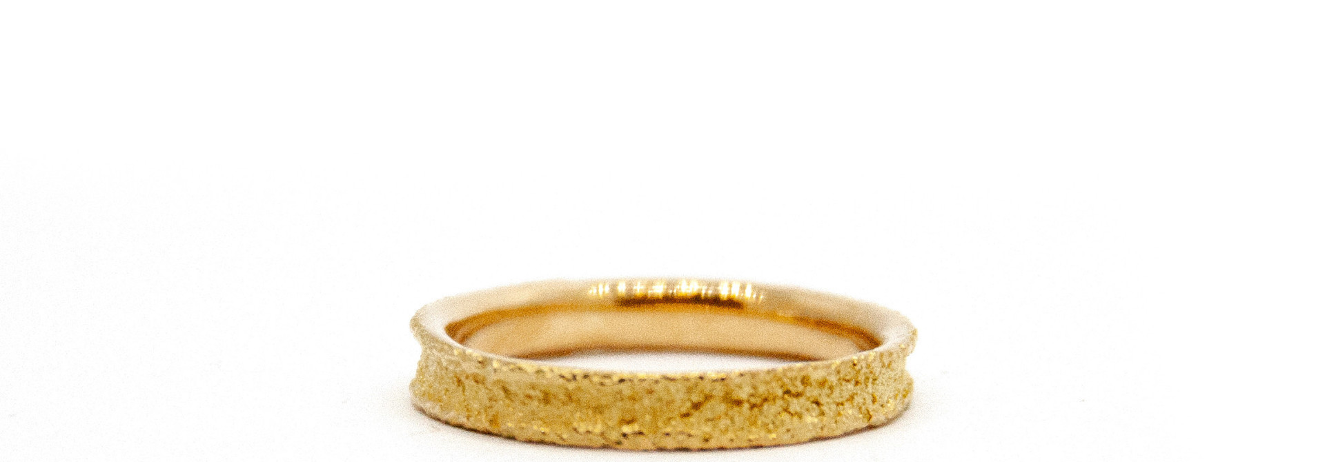 Wedding ring Anell desert mini 18 karaats geelgoud