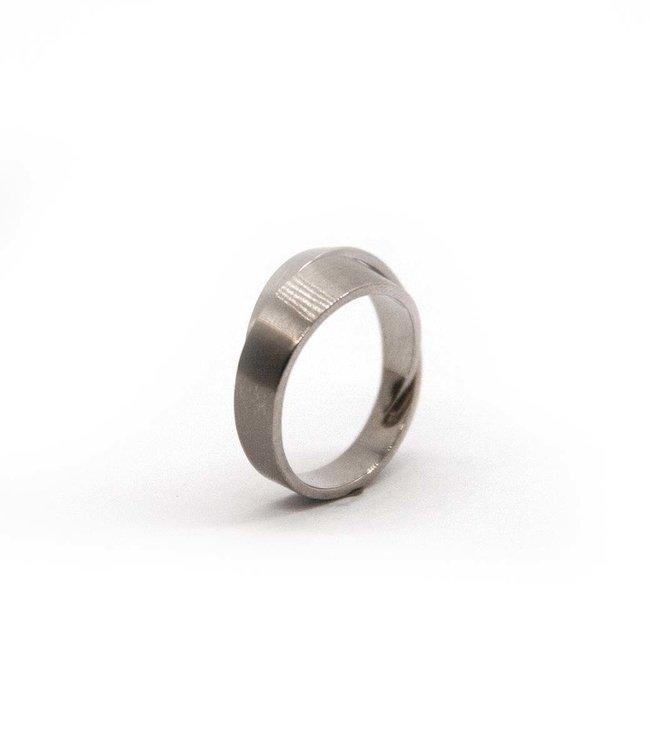 Cardillac Arc Ringen small