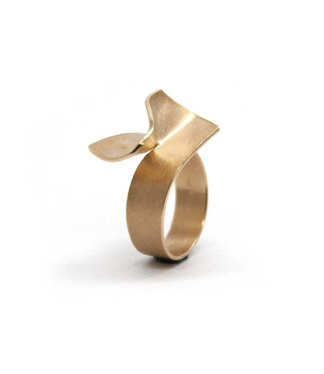 Cardillac Poppy Ring