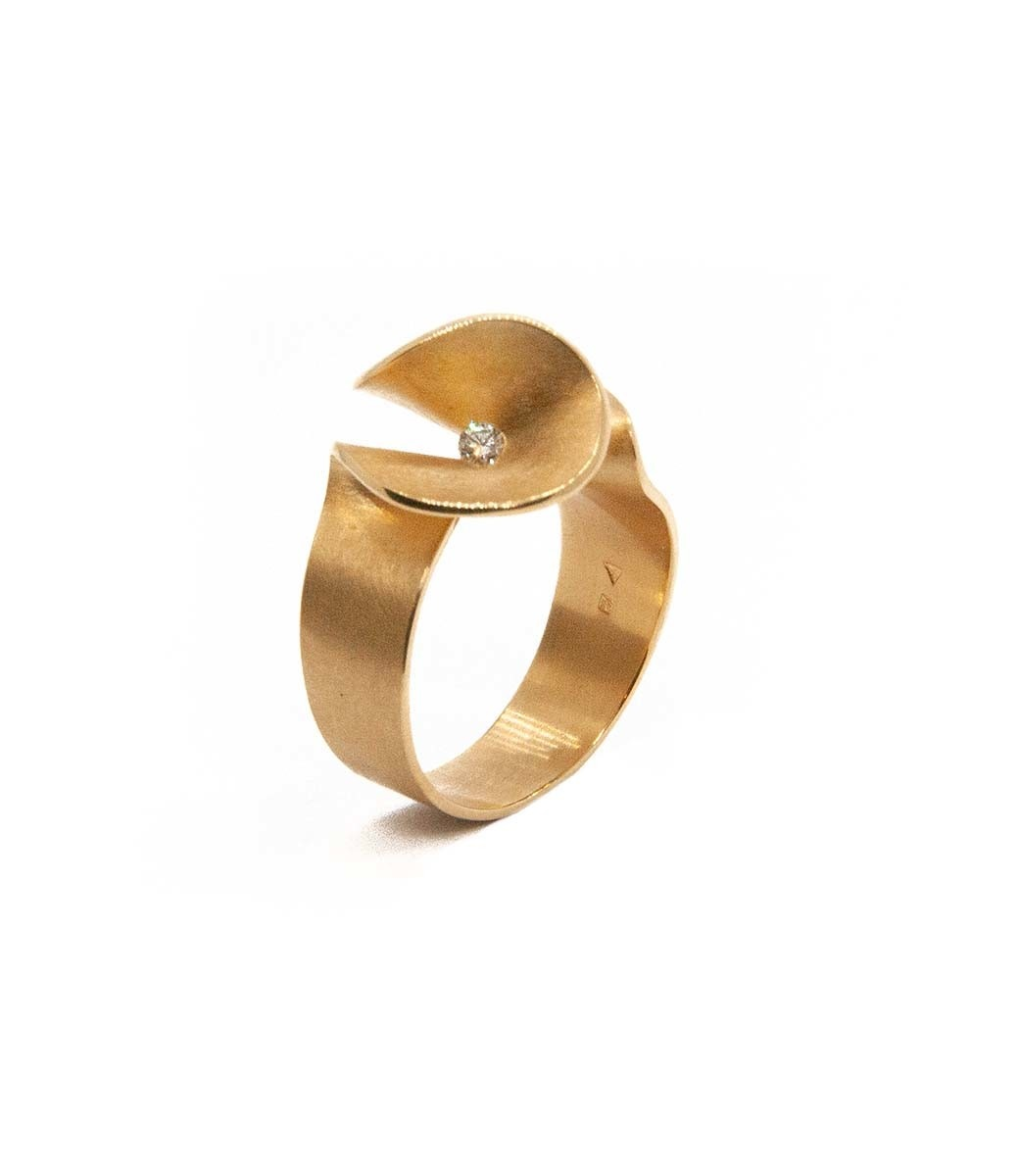 Aster small Ring brilliant 0,07crt-6
