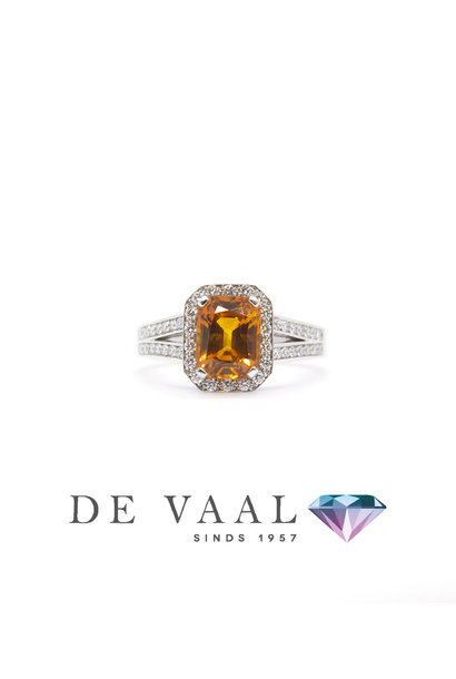 White gold sapphire ring orange